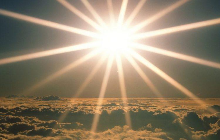 Menjadi cahaya di hari akhir