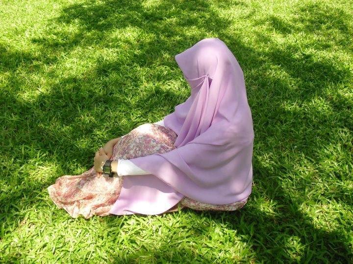 Ciri Muslimah Sejati Menurut Islam, Al Quran dan Hadits